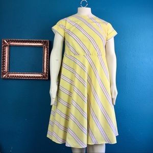 Vtg 80s 90s sweet yellow striped dress, plus size
